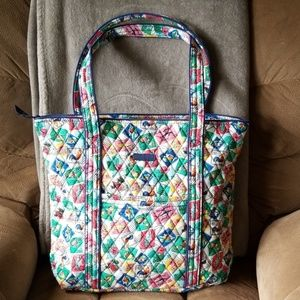 Vera Bradley tote with stamp print